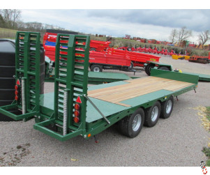 BAILEY 26ft Tri-Axle Beavertail Plant Trailer