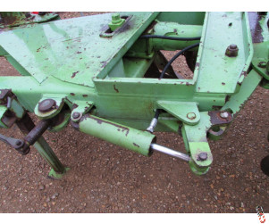 """Hydraulic Hose for front furrow adjuster ram on all Dowdeswell Ploughs OEM: 274400 (92"""")"""