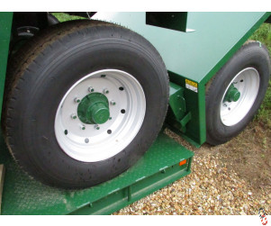 NEW SUPER SINGLE Wheel and Tyre Assembly, 8 stud